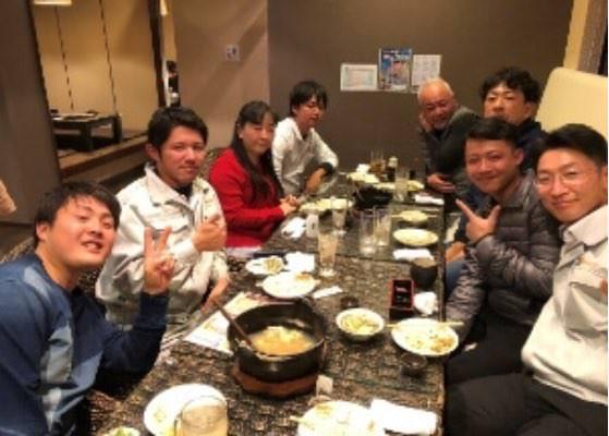 班の食事会